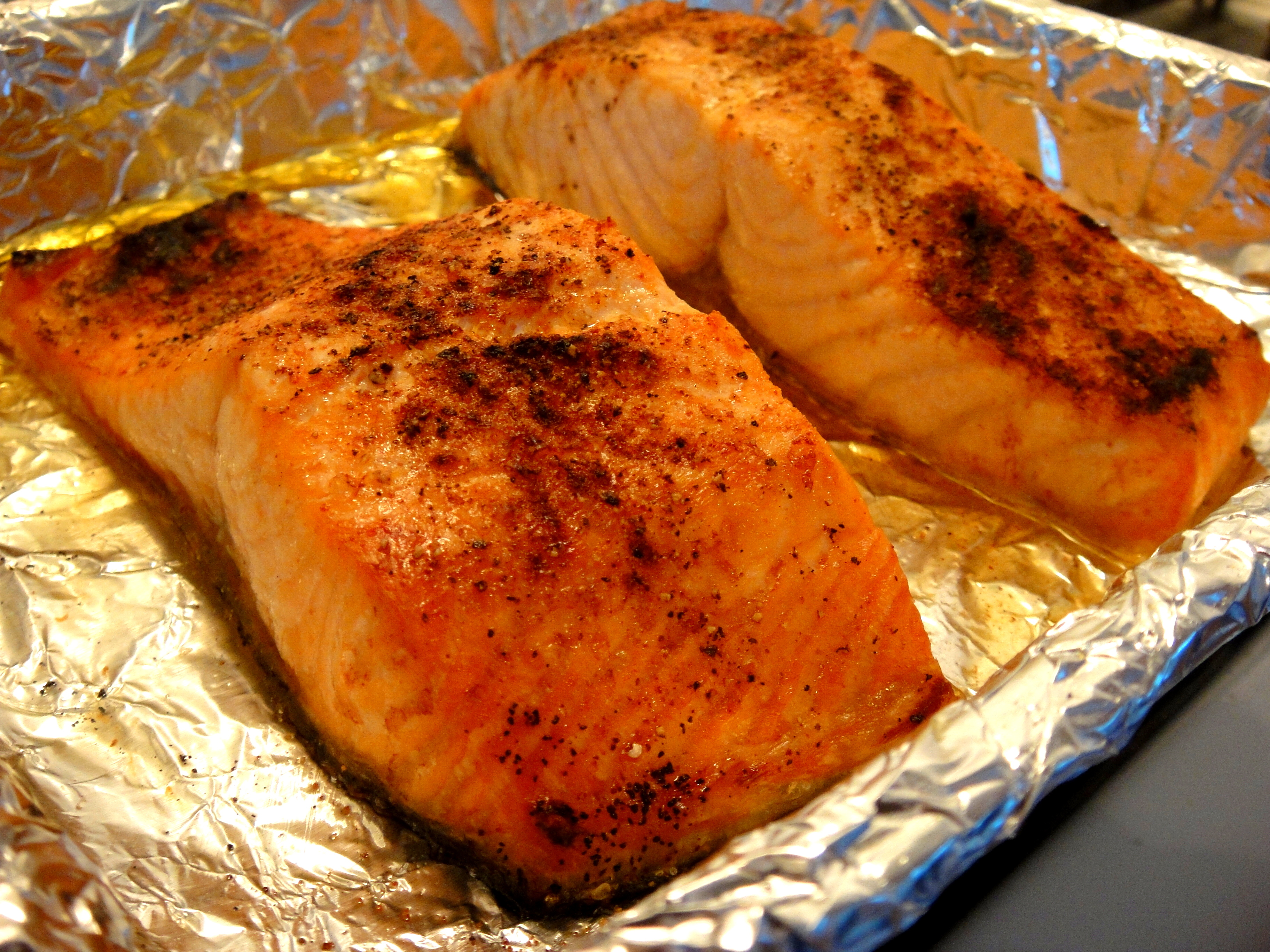15 minute dinner broiled salmon spring mix salad so pretty finished broiling salmon ccuart Choice Image