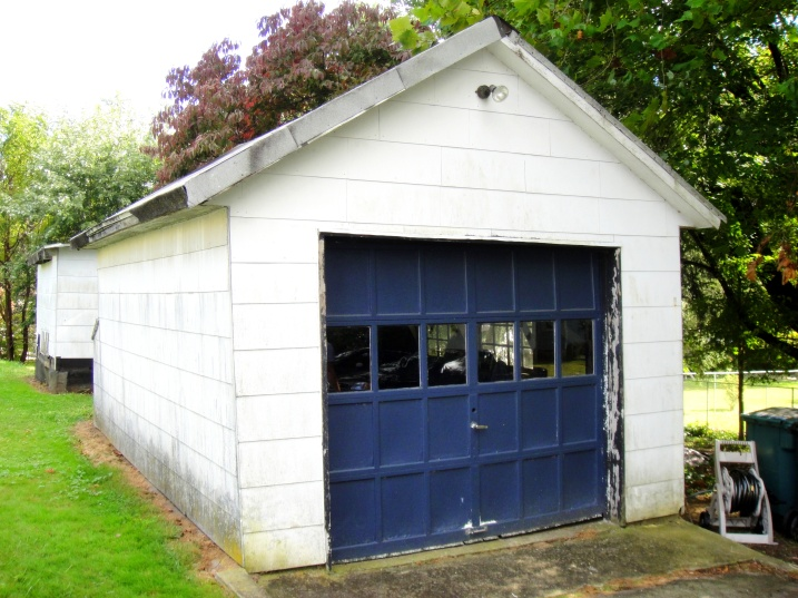 Old dirty garage